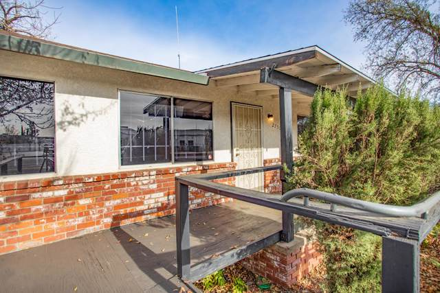2750 East St, Anderson, CA 96007 (#19-6001) :: Wise House Realty