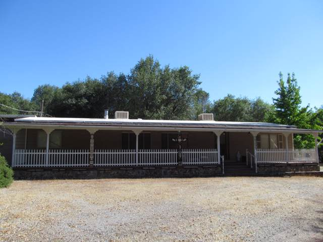 19295 Union School Rd, Redding, CA 96003 (#19-6388) :: The Doug Juenke Home Selling Team
