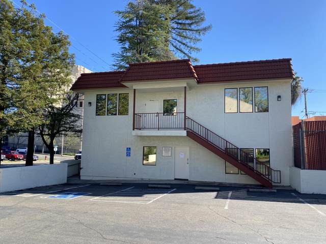 1915 Placer St, Redding, CA 96001 (#20-1508) :: Wise House Realty
