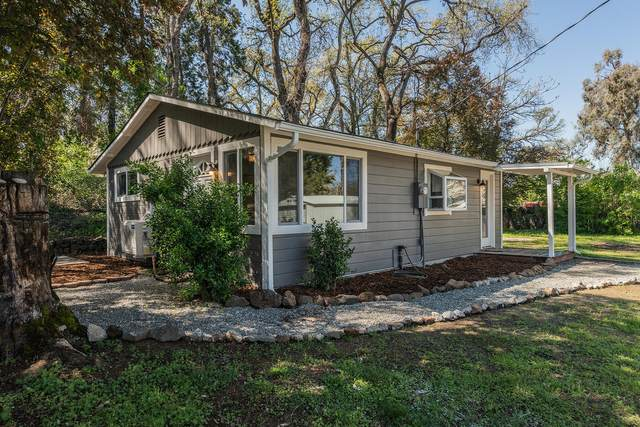 2586 W. Hillside, Anderson, CA 96007 (#20-1518) :: The Doug Juenke Home Selling Team
