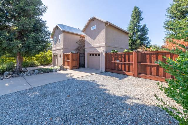 201 Mora Ct, Redding, CA 96003 (#20-1992) :: Waterman Real Estate