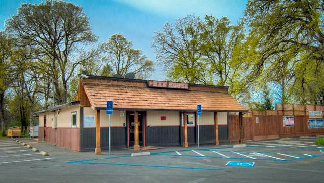 2621 Hartnell Ave, Redding, CA 96002 (#20-224) :: The Doug Juenke Home Selling Team