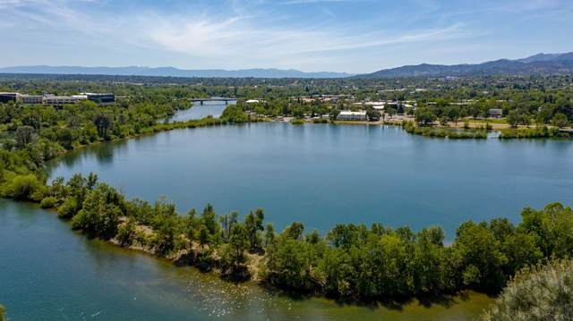 1917 Bechelli Ln, Redding, CA 96002 (#20-2374) :: Vista Real Estate