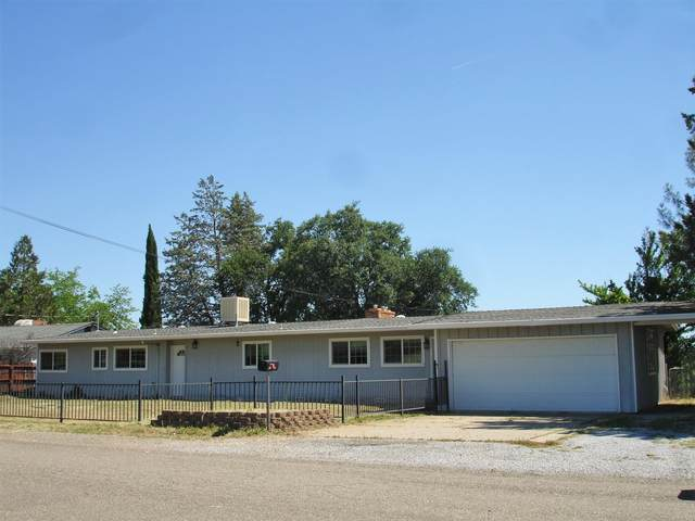 555 Ridge Rd, Redding, CA 96003 (#20-2596) :: Wise House Realty