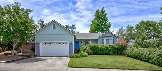 1828 Mary Lake Dr, Redding, CA 96001 (#20-2623) :: Wise House Realty