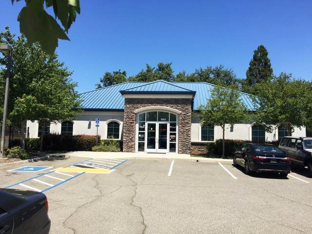 890 Cypress Ave, Redding, CA 96001 (#20-2838) :: Real Living Real Estate Professionals, Inc.