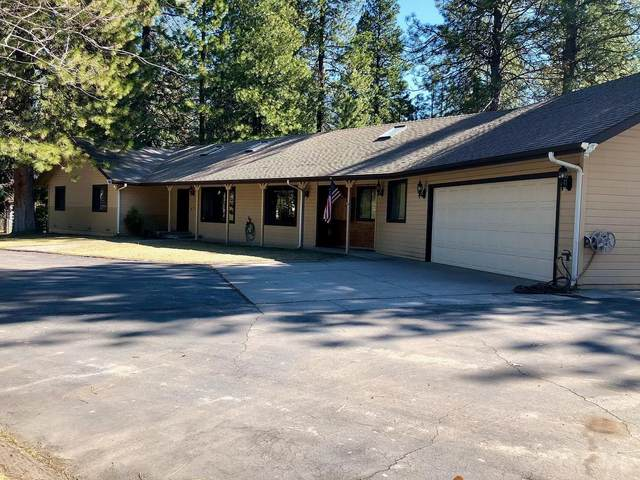 5433 N. Old Stage Rd, Mt. Shasta, CA 96067 (#20-2922) :: Wise House Realty