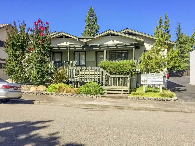 1724 West St, Redding, CA 96001 (#20-2963) :: Waterman Real Estate