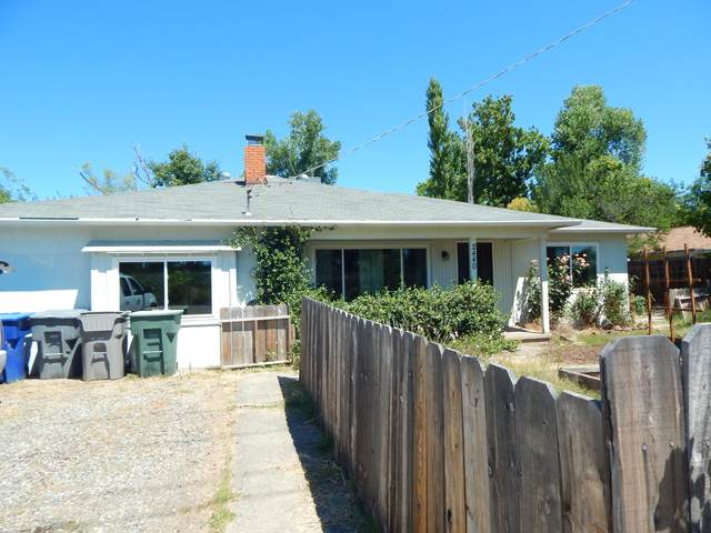 2440 Bonnyview, Redding, CA 96001 (#20-3226) :: Wise House Realty