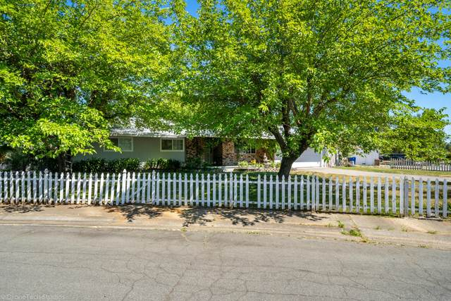 3330 Panorama Dr, Redding, CA 96003 (#20-3233) :: Wise House Realty