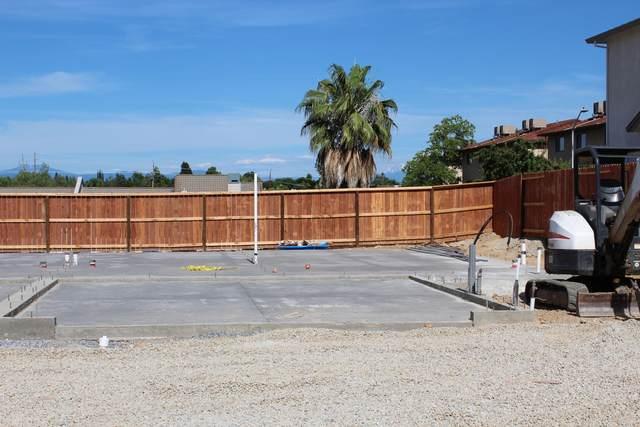 834 Mission De Oro Dr, Redding, CA 96003 (#20-3319) :: Waterman Real Estate