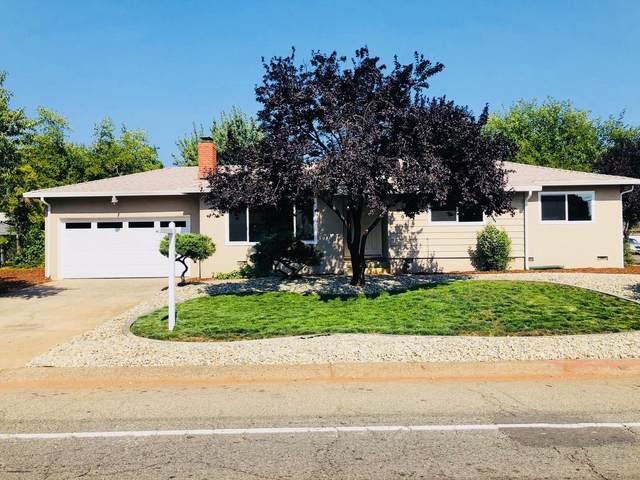 2891 Shasta View Dr, Redding, CA 96002 (#20-3592) :: Real Living Real Estate Professionals, Inc.
