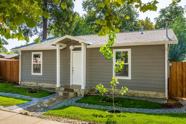 2733 Leland Ave, Redding, CA 96001 (#20-3696) :: Real Living Real Estate Professionals, Inc.