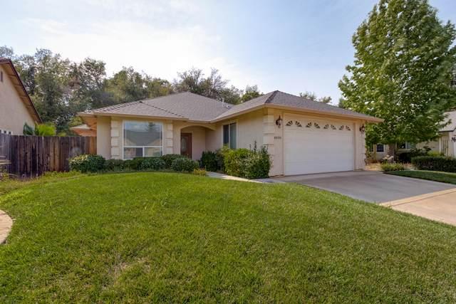 4808 Lofty Oak Dr, Redding, CA 96002 (#20-3703) :: Real Living Real Estate Professionals, Inc.
