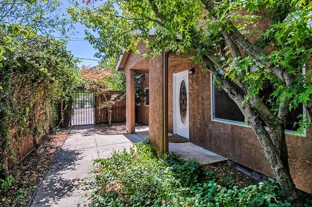 11718 Woggon Ln, Redding, CA 96003 (#20-3730) :: Real Living Real Estate Professionals, Inc.