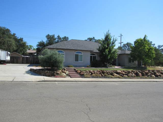 3295 Piper Way, Redding, CA 96001 (#20-3741) :: Real Living Real Estate Professionals, Inc.