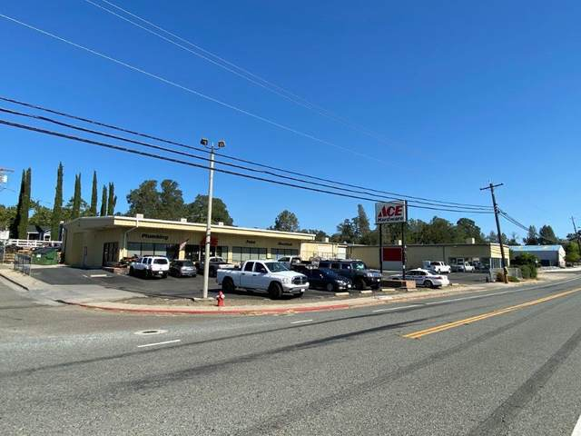 3020 Cascade Blvd, Shasta Lake, CA 96019 (#20-3885) :: Waterman Real Estate