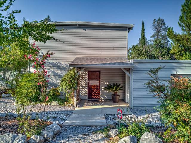 2311 Ivy Ave, Shasta Lake, CA 96019 (#20-3896) :: Wise House Realty