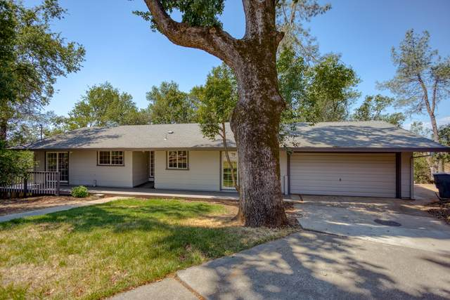 2000 Spur Ct, Redding, CA 96002 (#20-3927) :: Wise House Realty