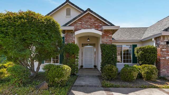 5895 Poppy Hills Dr, Redding, CA 96003 (#20-3957) :: Vista Real Estate