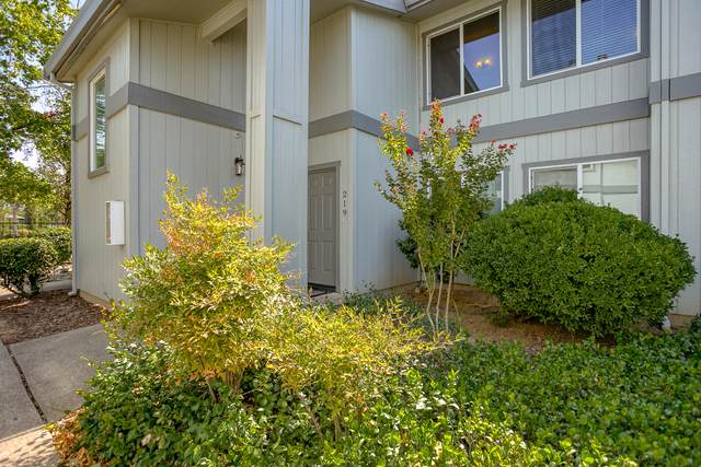 444 Ridgecrest Trl #219, Redding, CA 96003 (#20-4426) :: Vista Real Estate