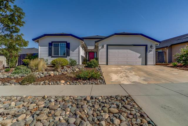 507 Mission De Oro Dr, Redding, CA 96003 (#20-4454) :: Vista Real Estate