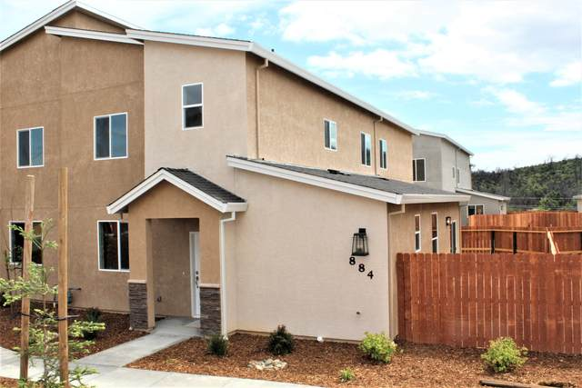 884 Congaree Ln, Redding, CA 96001 (#20-4639) :: Wise House Realty