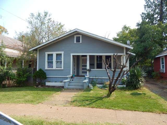 1067 California St A & B, Redding, CA 96001 (#20-4646) :: Waterman Real Estate
