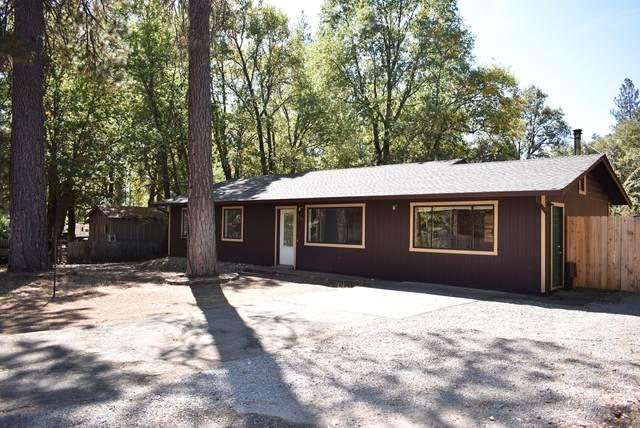379 Highland Dr, Hayfork, CA 96041 (#20-4727) :: Vista Real Estate