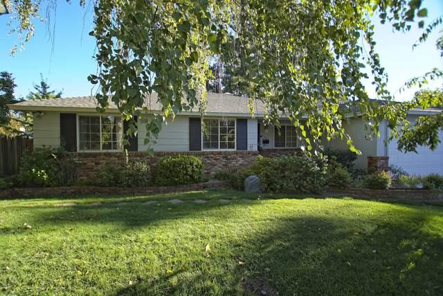 700 Lincoln, Redding, CA 96001 (#20-5069) :: Real Living Real Estate Professionals, Inc.