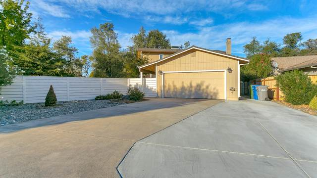 1811 Pineland Ct, Redding, CA 96002 (#20-5151) :: Vista Real Estate