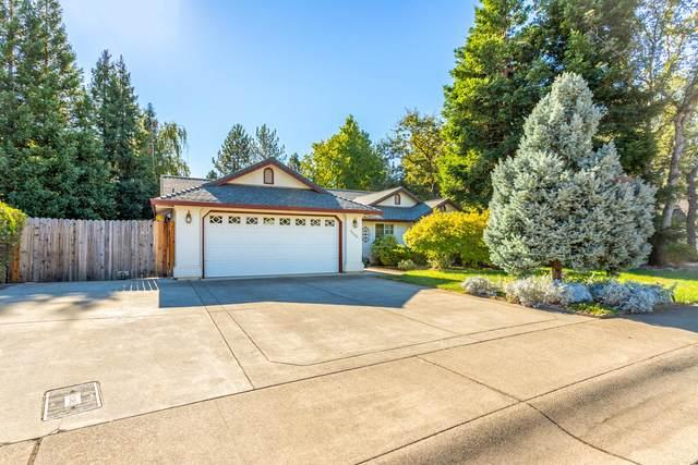 5845 Shadow Glen Dr, Redding, CA 96003 (#20-5164) :: Vista Real Estate