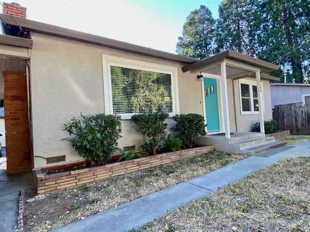 2549 Russell St, Redding, CA 96001 (#20-5209) :: Waterman Real Estate