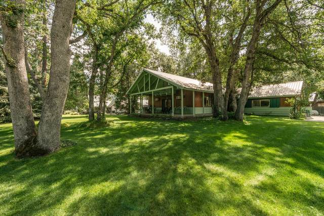 110 Pine Ln, Coffee Creek, CA 96091 (#20-5557) :: Waterman Real Estate