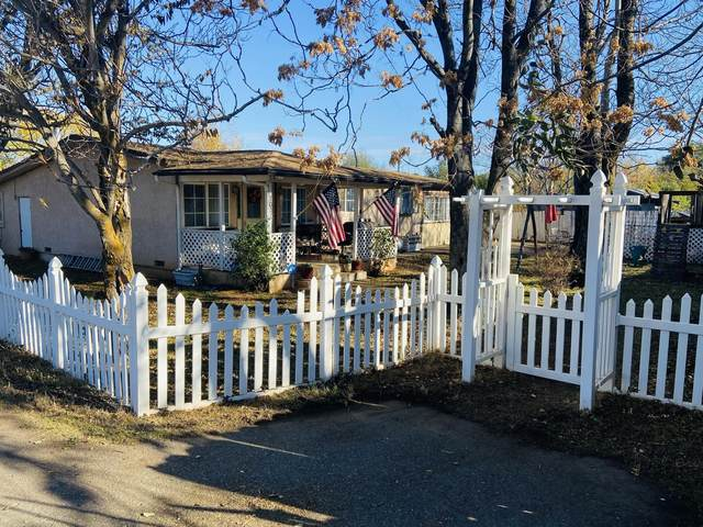 7027 Primrose Ln, Redding, CA 96002 (#20-5631) :: Real Living Real Estate Professionals, Inc.