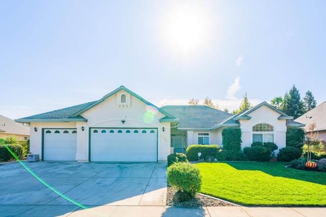2793 Montana Sky Dr, Redding, CA 96002 (#20-6001) :: Vista Real Estate