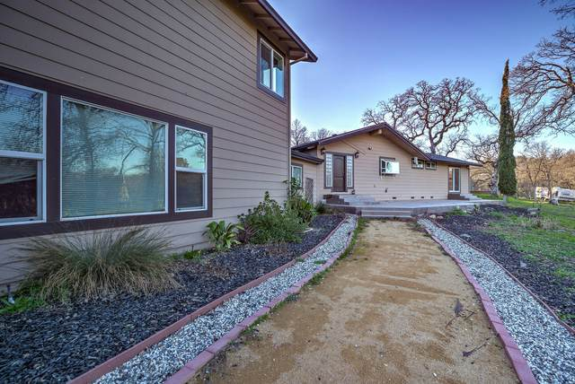 8880 Sun Valley Dr, Palo Cedro, CA 96073 (#20-624) :: The Doug Juenke Home Selling Team
