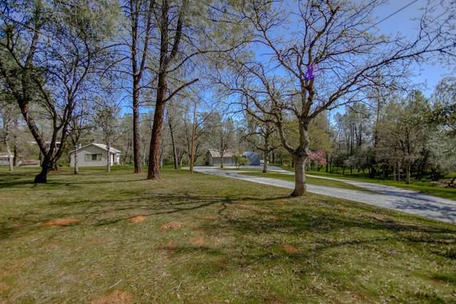 9105 Chaparral Dr, Redding, CA 96001 (#21-1304) :: Waterman Real Estate