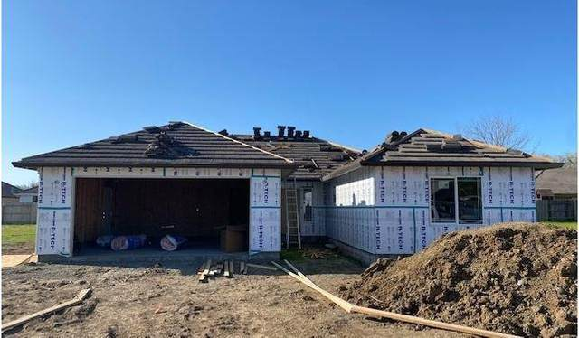 18986 Compass Dr, Cottonwood, CA 96022 (#21-1433) :: Wise House Realty