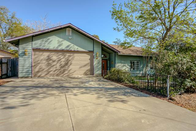 4125 Red Bluff St, Shasta Lake, CA 96019 (#21-1448) :: Wise House Realty