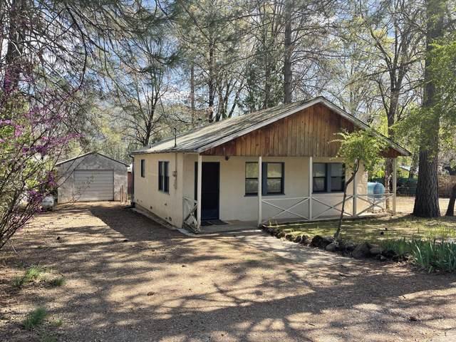 21411 Chamberlain St, Lakehead-Lakeshore, CA 96051 (#21-1495) :: Wise House Realty