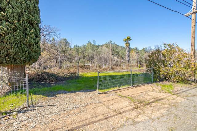 13882 Lake Blvd, Shasta Lake, CA 96019 (#21-1507) :: Waterman Real Estate