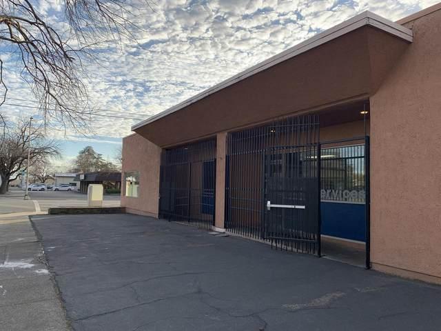 2100 Market St, Redding, CA 96001 (#21-1600) :: Waterman Real Estate