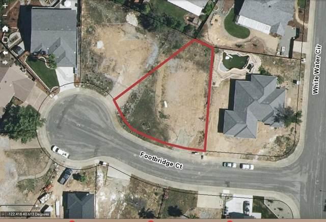 3454 Footbridge Ct, Redding, CA 96003 (#21-1622) :: Vista Real Estate