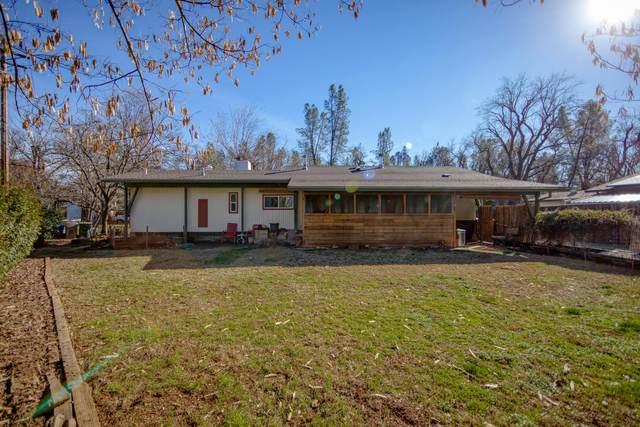 181 Branstetter Ln, Redding, CA 96001 (#21-196) :: Real Living Real Estate Professionals, Inc.