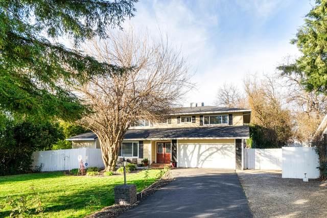 3210 Forest Hills Dr, Redding, CA 96002 (#21-200) :: Vista Real Estate