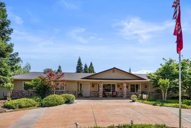 20149 Meadow View Dr, Redding, CA 96002 (#21-2013) :: Vista Real Estate