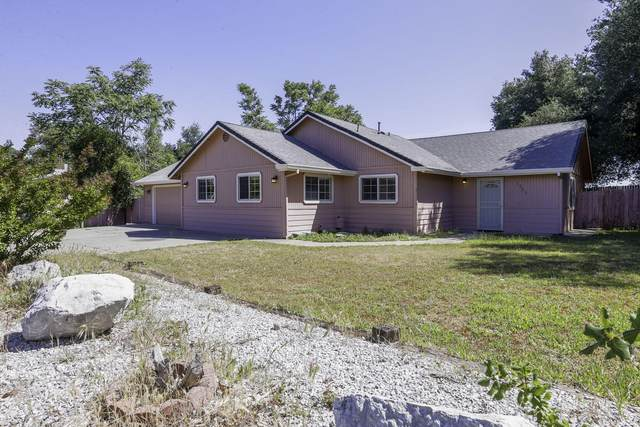1721 Bechelli Ln, Redding, CA 96002 (#21-2065) :: Vista Real Estate