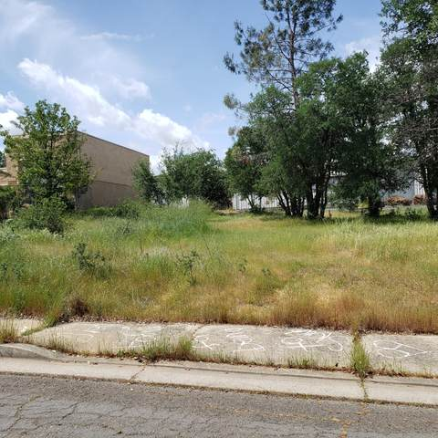 11080 Rhyolite Dr, Redding, CA 96003 (#21-2066) :: Vista Real Estate