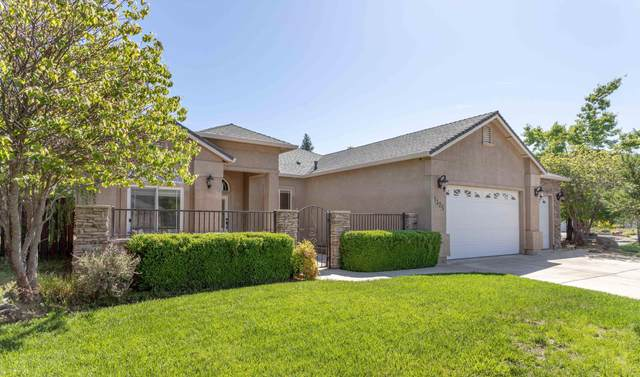 1325 Bonhurst Dr, Redding, CA 96003 (#21-2101) :: Real Living Real Estate Professionals, Inc.